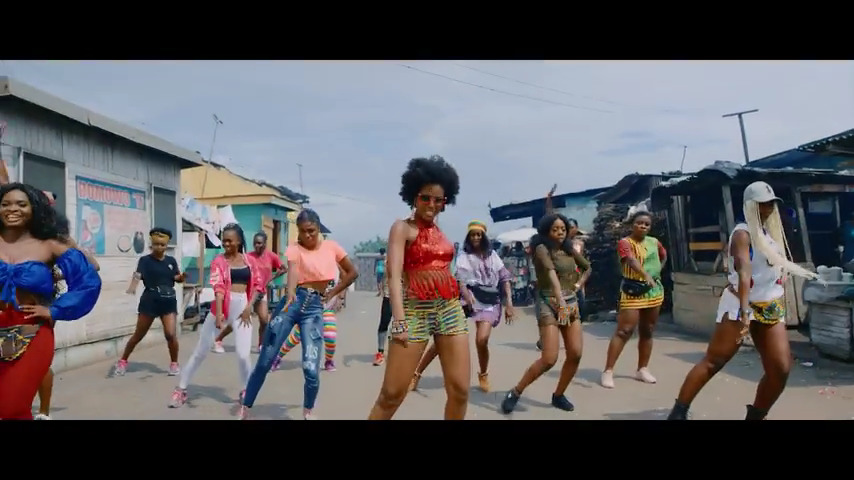 Photo of MzVee – Bend Down [ft. Kuami Eugene] [Music Video]