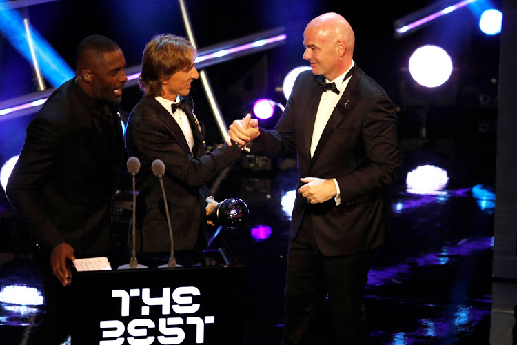 Photo of Luka Modric Wins 2018 FIFA Player of the Year Award