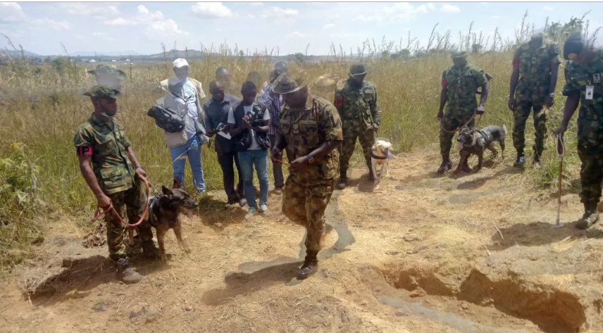 Photo of Nigerian Army Discovers Grave Where Missing General Alkali Was Buried