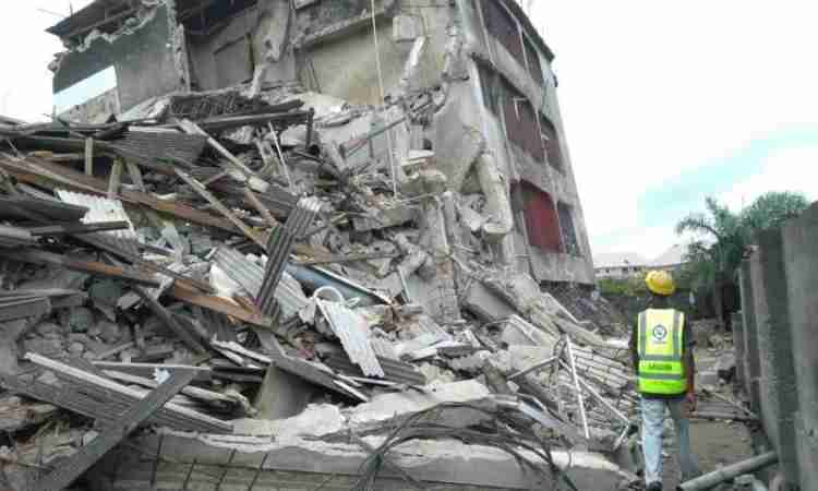 Photo of Three-Storey Building Collapses In Anambra, 11 Persons Trapped
