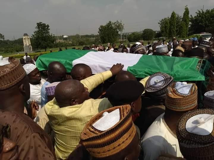 Photo of Late Justice Kutigi Laid to Rest at National Cemetery, Abuja [See Photos]