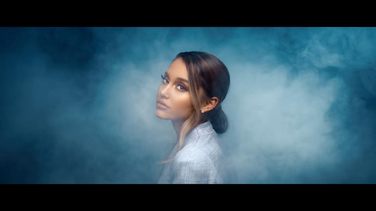 "Photo of Ariana Grande Returns with the Official Music Video for Her Song ""Breathin"" [Watch]"