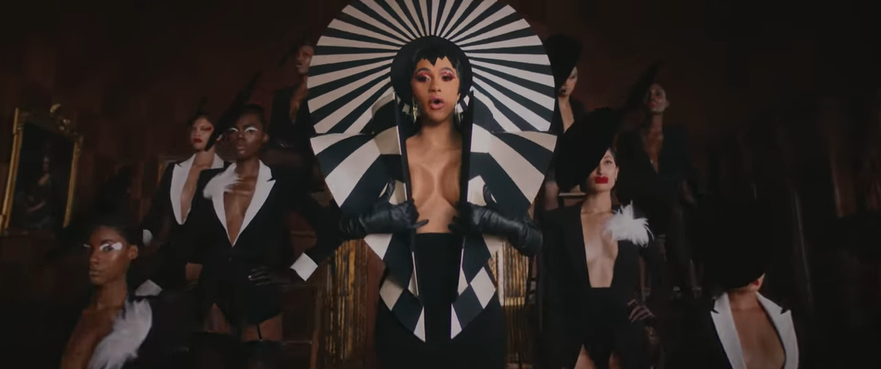 Photo of Watch: Cardi B – Money [Music Video]