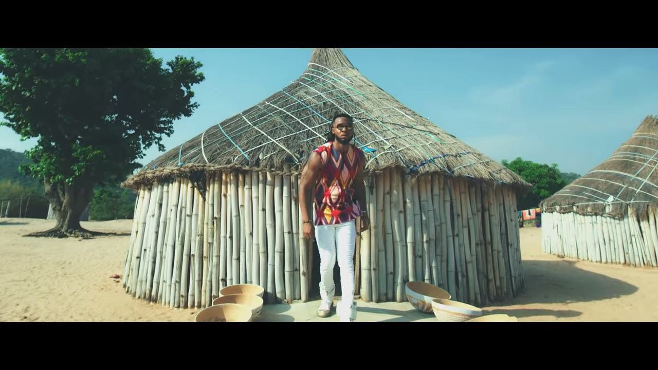 "Photo of Watch Flavour's New Video ""Awele"" Featuring Umu Obiligbo"