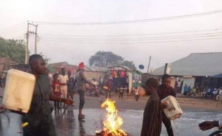 Residents of Birnin Gwari Wash Streets After El-Rufai's Visit [Photos]