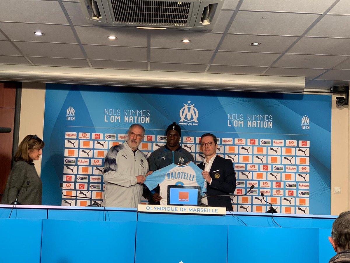 Photo of COMPLETED: Mario Balotelli joins Marseille on free transfer