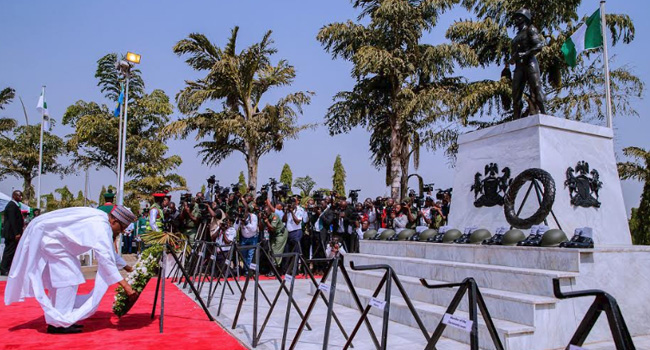 Photo of Buhari, Osinabjo, Saraki, Others Lay Wreath to Honour Fallen Heroes [Photos]