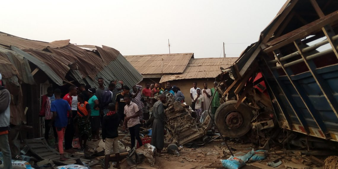Photo of UPDATE! 15 Confirmed Dead, 4 Injured in Ekiti Trailer Accident