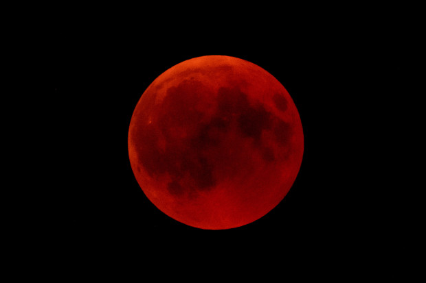 Photo of Nigeria to witness total lunar eclipse on Monday