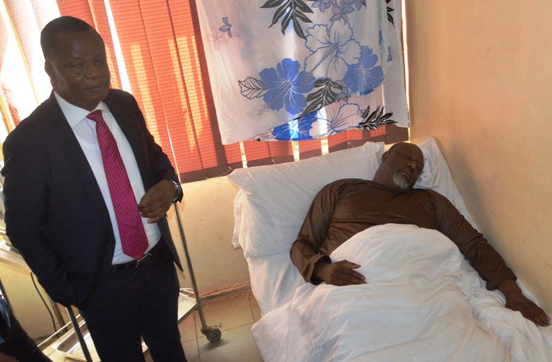 SEN DINO REFUSE TO GO TO COURT OkayNG - UPDATE! Police Move Dino Melaye to DSS Medical Facility