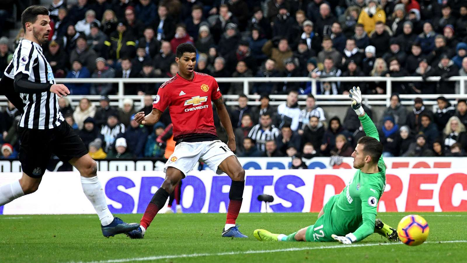 marcusrashford cropped 1smcmbyixzamy1ootl58ciwxtx - Watch: Newcastle United vs Manchester United 0-2: Premier League Highlights [Video]