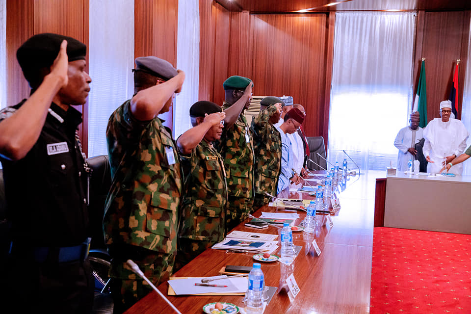 52905759 2081311388627857 7491029748613644288 n - Photos from Buhari's meeting with governors, service chiefs