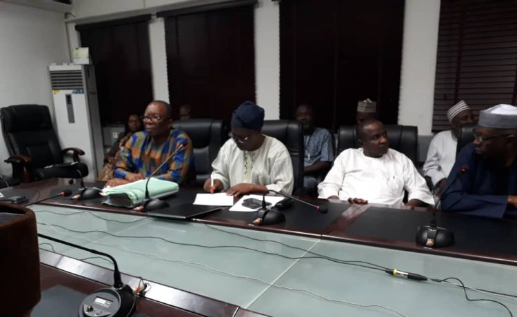 FG, ASUU meeting yields positive result as they sign deal to end strike - OkayNG News