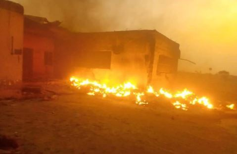 Fire Plateau Okay ng - Fire burns down INEC office in Plateau, uncollected PVCs, others destroyed