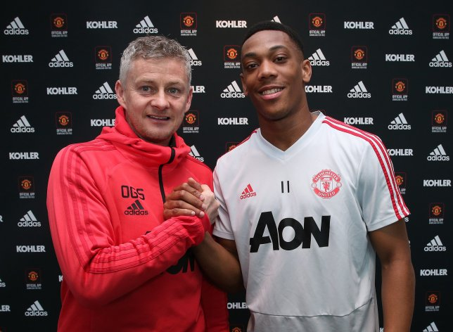 Photo of Martial has the talent to be at Ronaldo's level, says Solskjaer