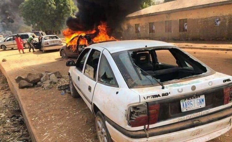 Many feared dead as thugs attack Kwankwaso's convoy in Kano