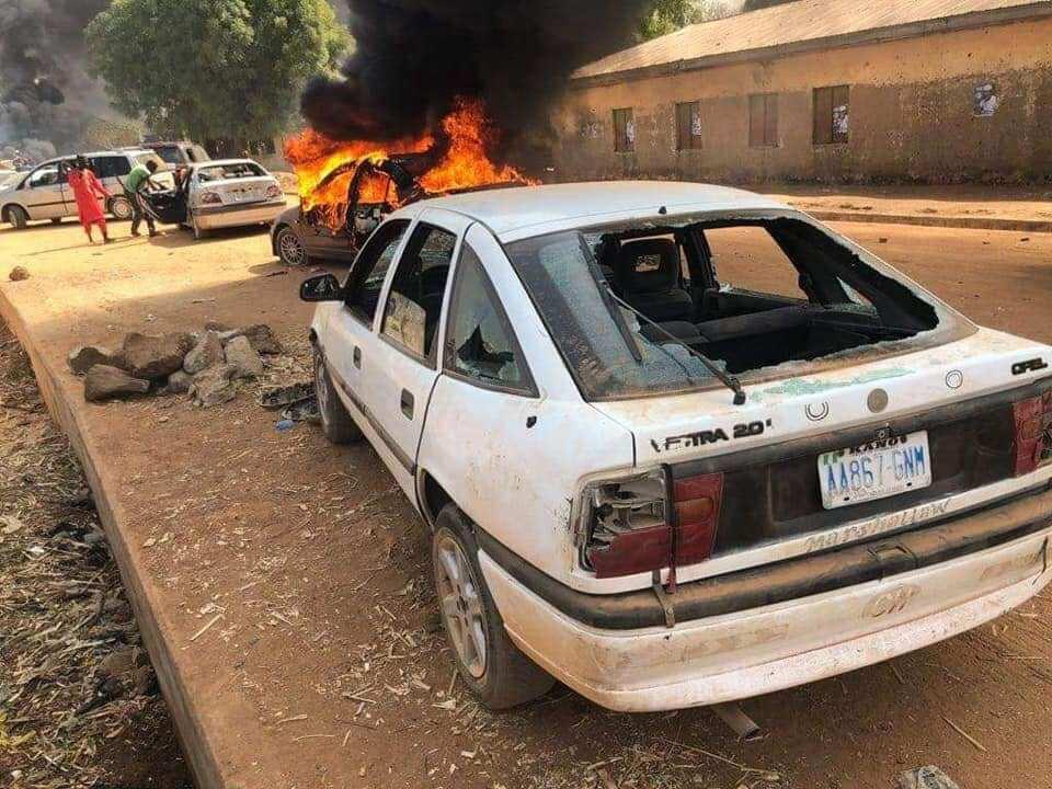 Photo of Many feared dead as thugs attack Kwankwaso's convoy in Kano