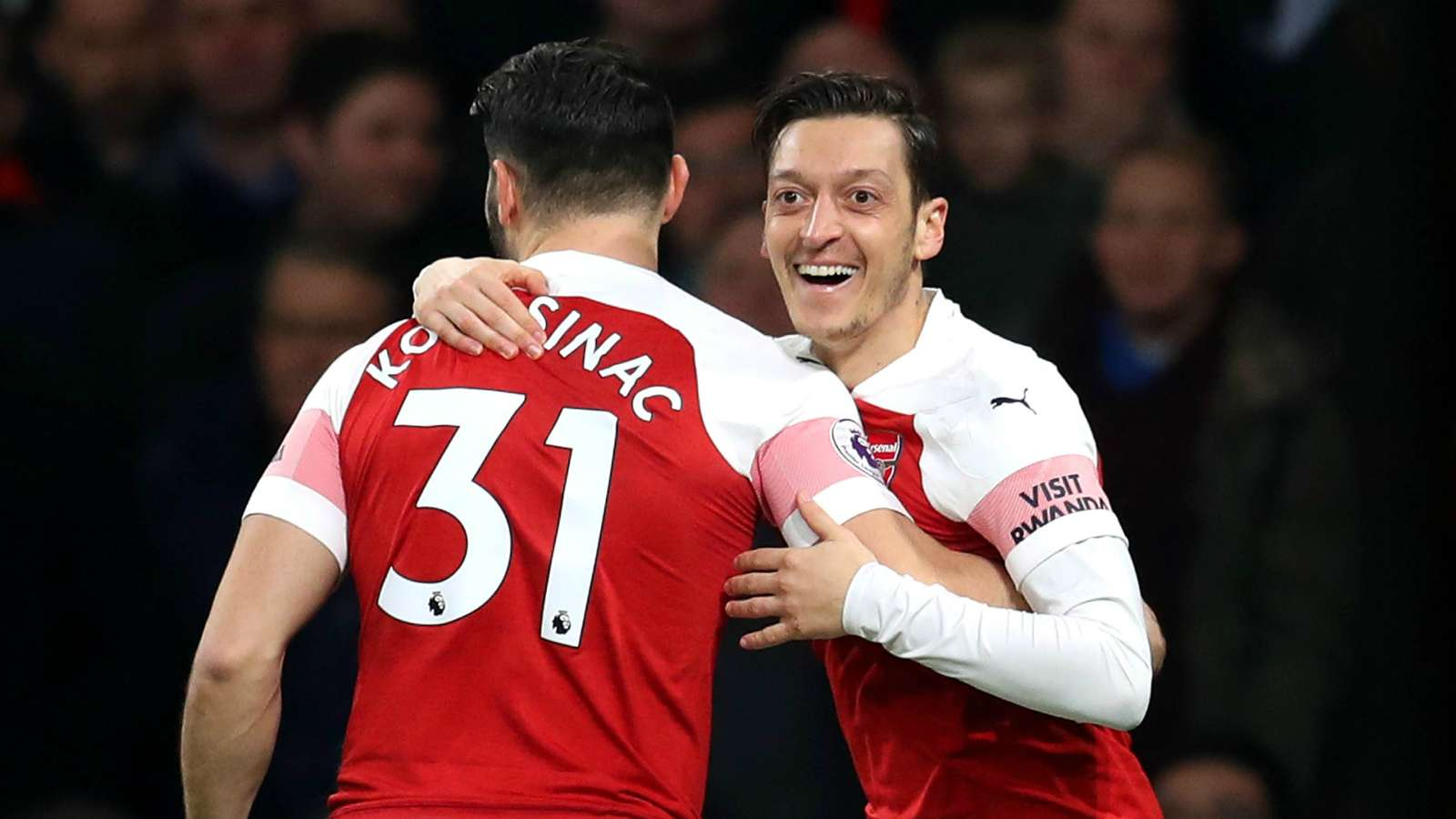 mesut ozil OKAY NG - Arsenal vs Bournemouth 5-1: Premier League Match Report & Highlights [Watch Video]