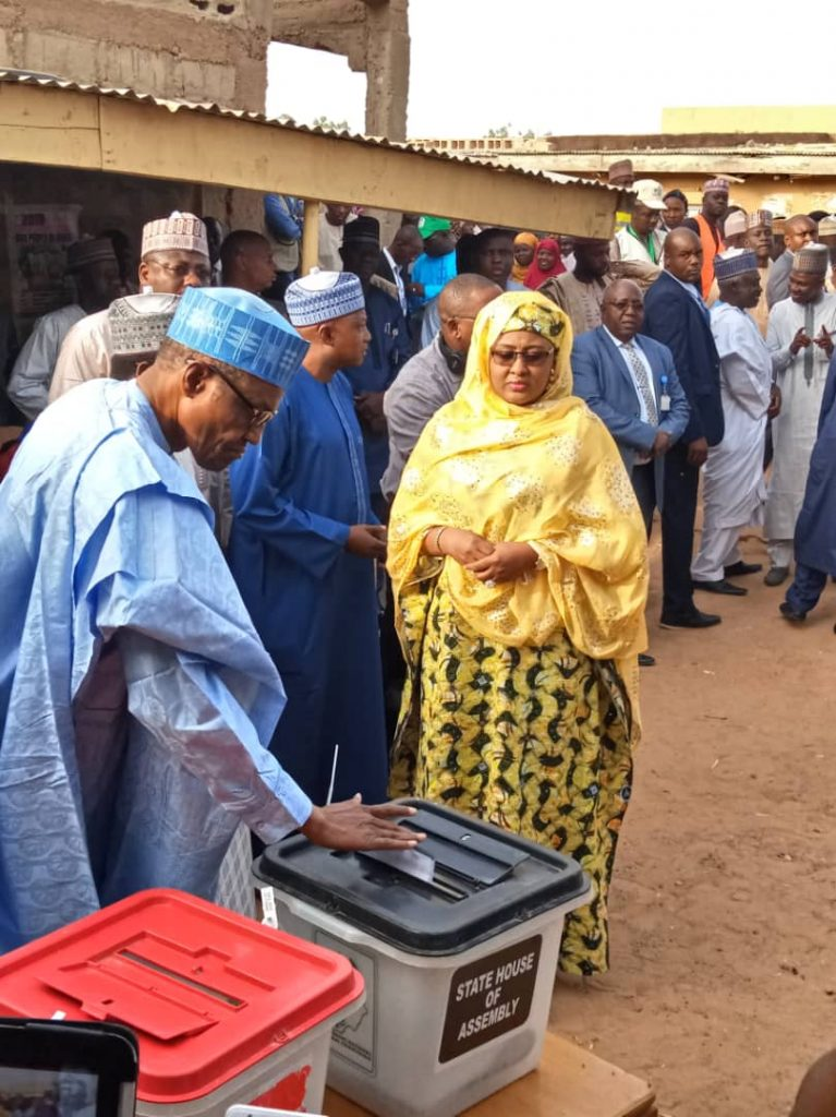 Photo of In Daura: Buhari, Wife cast their votes for the governorship and assembly elections