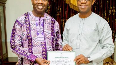 Dapo Abiodun Adeboye Okay ng e1554034270986 390x220 - Dapo Abiodun meets Pastor Adeboye after election victory [Photos]
