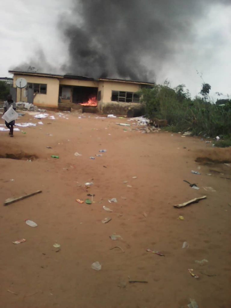 INEC Imo Okay ng - INEC Office in Imo set ablaze by Thugs
