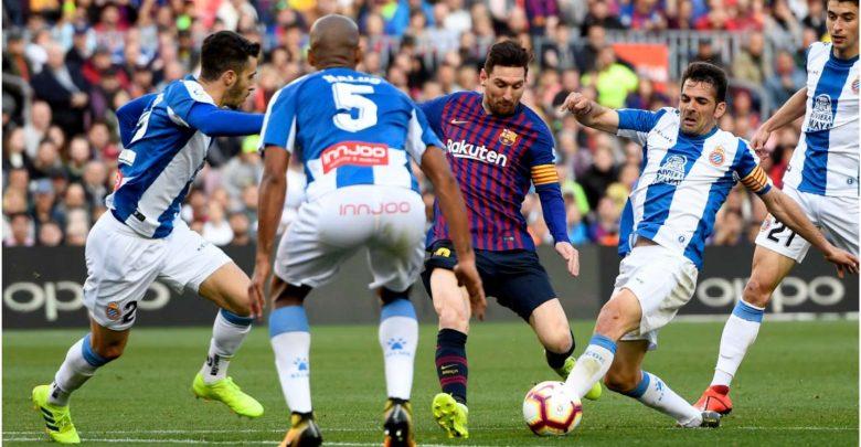 Photo of Messi set new La Liga record with Barcelona 2-0 win over Espanyol