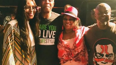 56474699 131319414700478 3313077745058957932 n 390x220 - Naomi Campbell visits Fela's Afrika Shrine in Lagos [Photos]