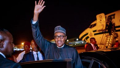 56644962 2151773188248343 4728806057147629568 n 390x220 - Buhari returns to Nigeria after summits in Jordan, Dubai [Photos]