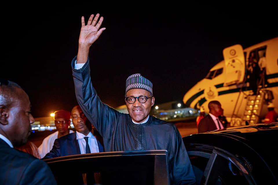 56644962 2151773188248343 4728806057147629568 n - Buhari returns to Nigeria after summits in Jordan, Dubai [Photos]