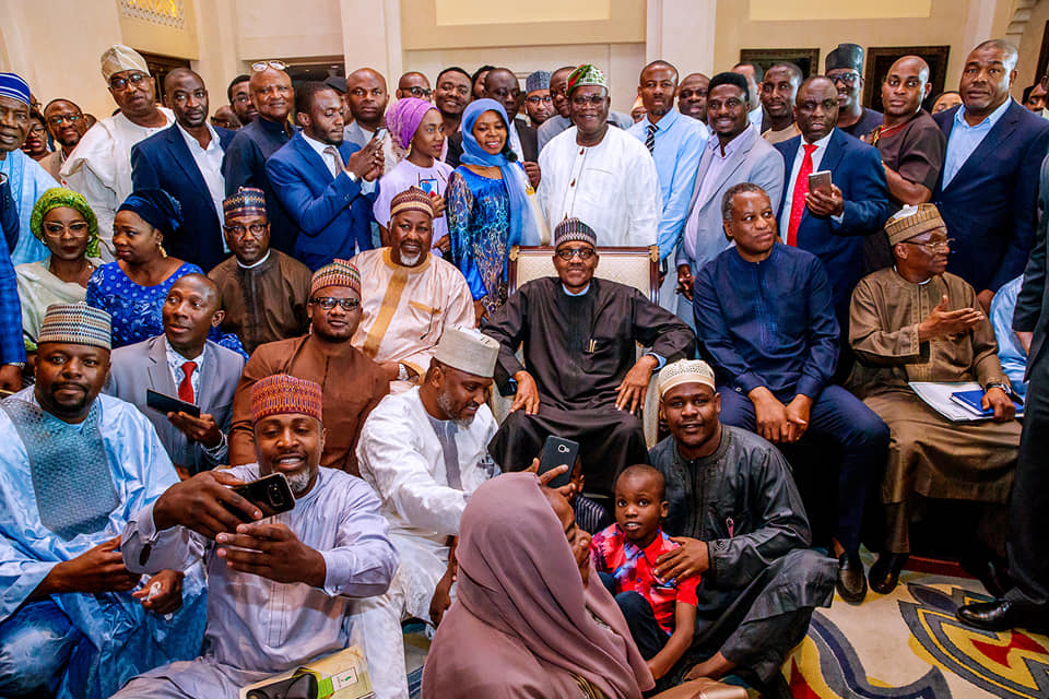 57253433 2151772941581701 1838594470564593664 n - Buhari speaks to Nigerians in Dubai, explains why he is better as 'Baba go slow'
