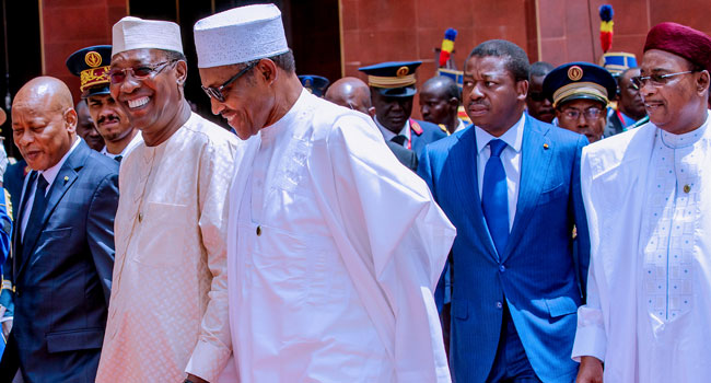 Buhari in Chad 2 Okay ng - Buhari meets other African leaders in Chad for CEN-SAD summit [Photos]
