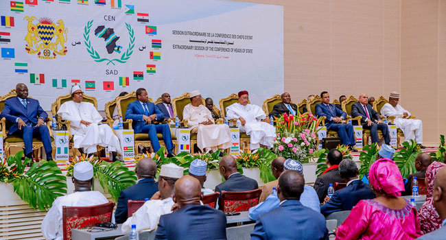 Buhari in Chad 4 Okay ng - Buhari meets other African leaders in Chad for CEN-SAD summit [Photos]