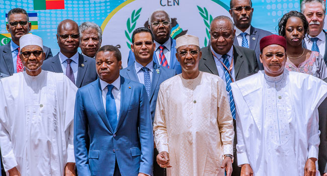 Buhari in Chad 5 Okay ng - Buhari meets other African leaders in Chad for CEN-SAD summit [Photos]