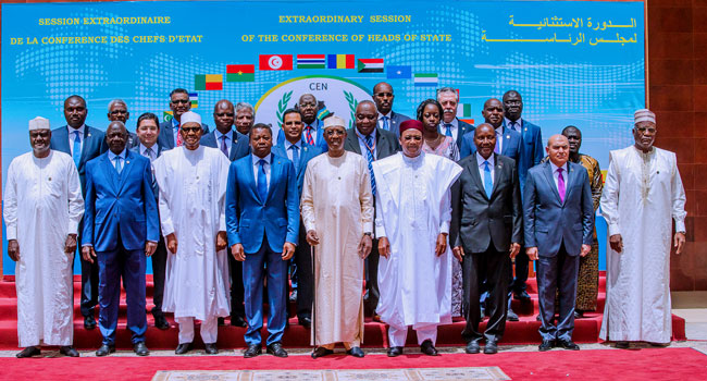 Buhari in Chad 6 Okay ng - Buhari meets other African leaders in Chad for CEN-SAD summit [Photos]
