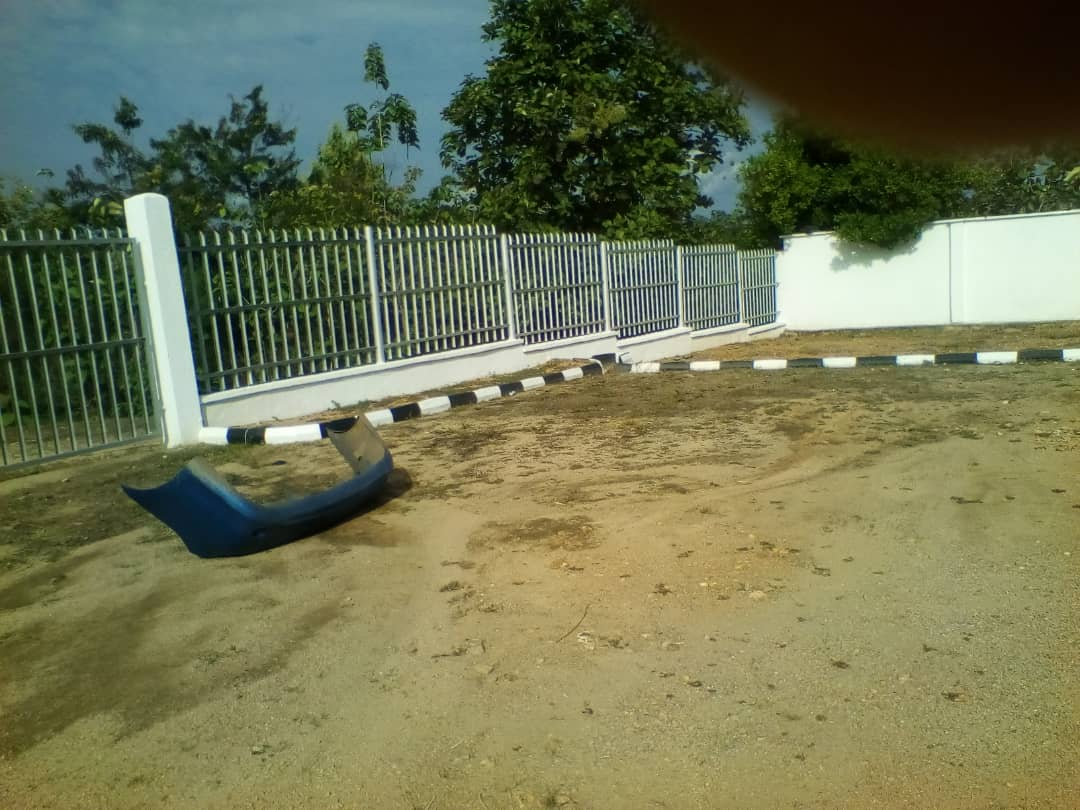 D3paDjiWAAAnLmn - Photos from Bank robbery in Ondo, one suspect arrested