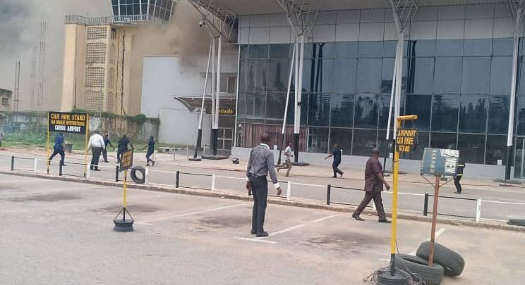 Photo of Passengers in panic as Fire guts section of Imo Airport