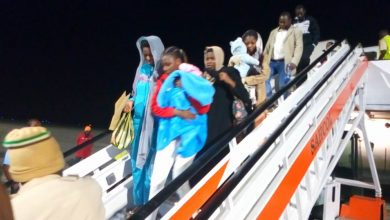 Nigerians Return from Libya Okay ng 390x220 - 136 Nigerians stranded in Libya arrive Lagos