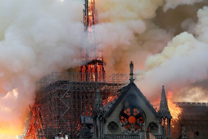 Notre Dame cathedral Okay ng - Massive fire guts Notre Dame cathedral in Paris