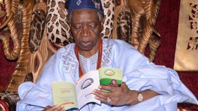 Oba Folagbade Olateru Olagbegi Okay ng 390x220 - Oba Folagbade Olateru Olagbegi dies aged 77
