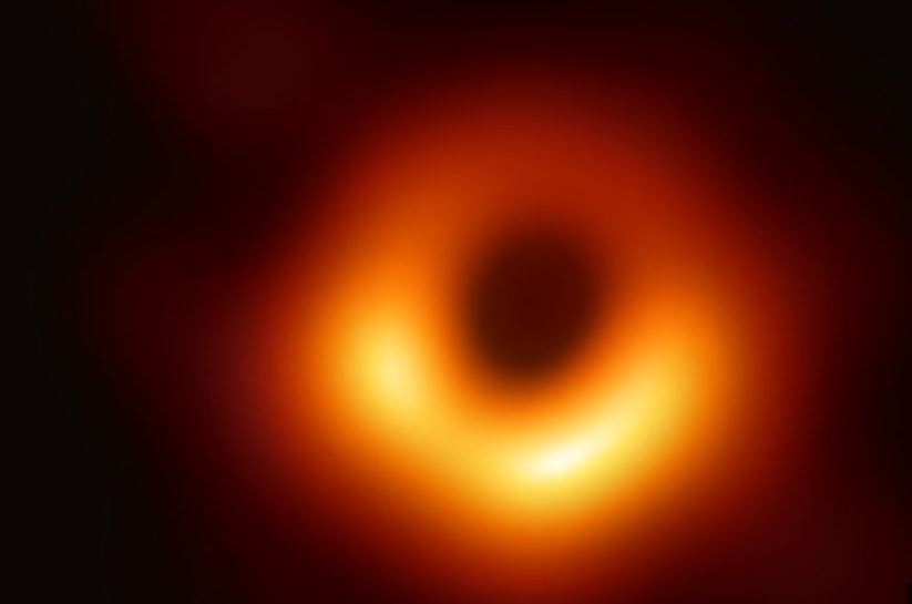 black hole - Astronomers share first-ever photo of black hole