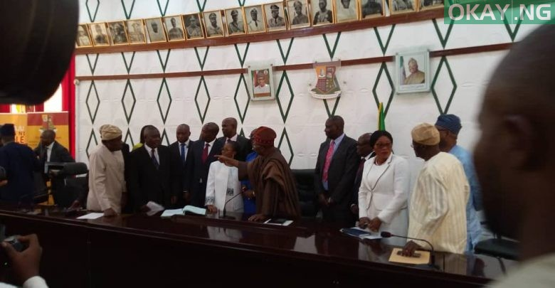 Photo of Oyo: Ajimobi swears in 11 new permanent secretaries