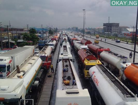 Photo of Buhari directs immediate clearance of Apapa gridlock, gives 2 weeks ultimatum