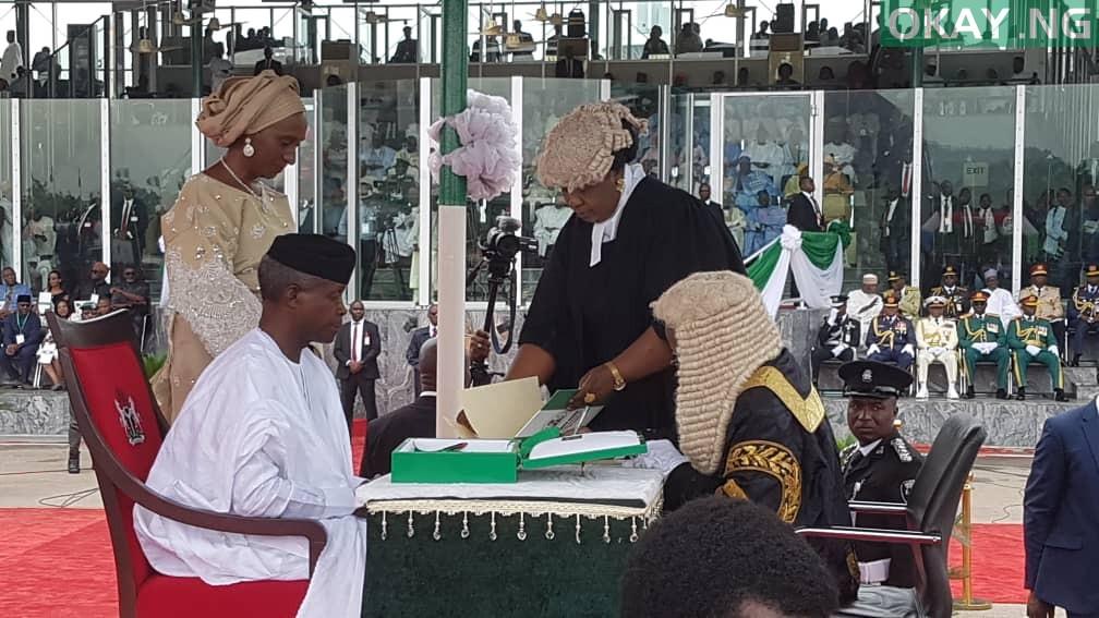 Buhari Inuagration Okay ng 2 - Buhari, Osinbajo sworn-in for second term in office [Photos]