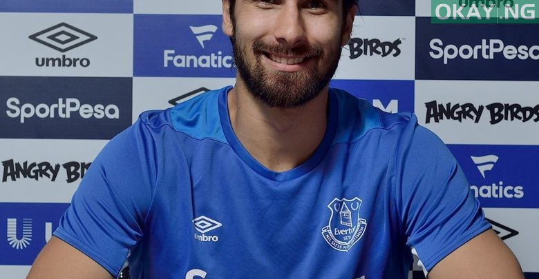 Photo of Everton complete the signing of 25-year-old midfielder