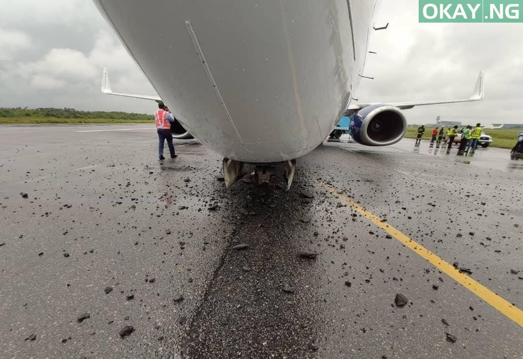 Air Peace plane Okay ng - How 133 passengers escaped death as Air Peace aircraft makes emergency landing in Lagos