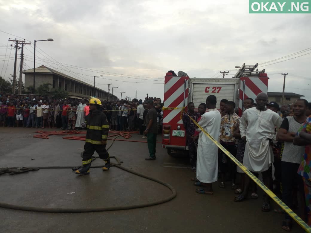 Ijegun okay ng 2 - Pipeline explosion kills two, 20 cars gutted in Ijegun, Lagos [Photos]