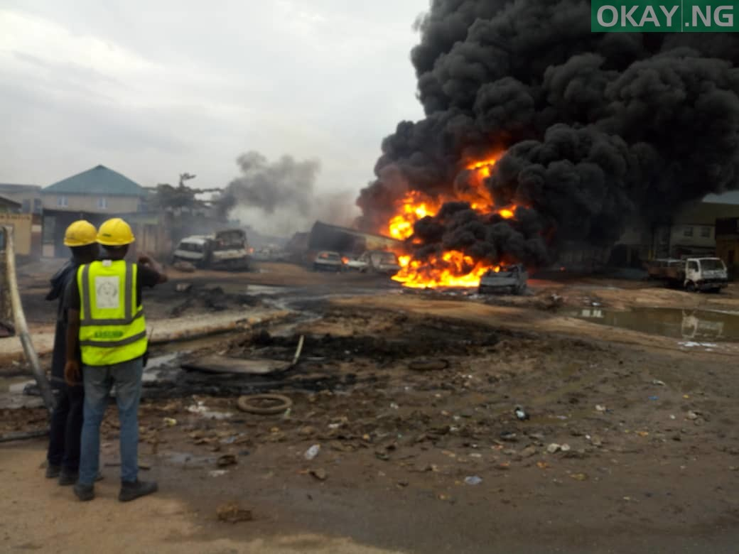 Ijegun okay ng 3 - Pipeline explosion kills two, 20 cars gutted in Ijegun, Lagos [Photos]