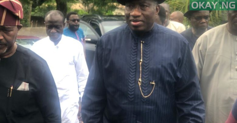 Photo of Jonathan in Akure to commiserate with Afenifere leader, Reuben Fasoranti [Photos]