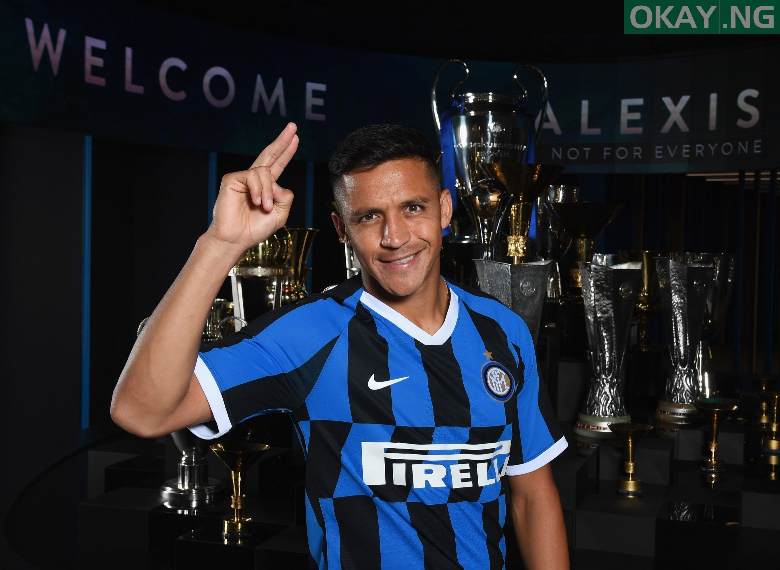 Photo of Alex Sanchez Reveals The Player Who Convinced Him To Join Inter Milan