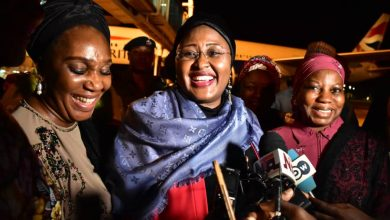 Photo of Aisha Buhari on her return to Abuja from London (In Pictures)